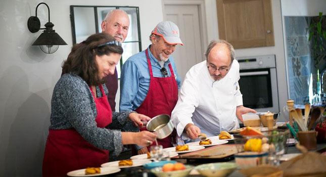 Cours de cuisine française en Provence avec un grand chef